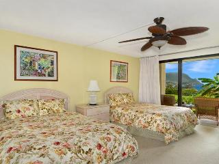 Unobstructed Hanalei Bay Ocean View studio - Princeville vacation rentals