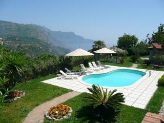 Villa Magnolia,pool,garden,3BR/2B, Jacuzzi - Sant'Agnello vacation rentals