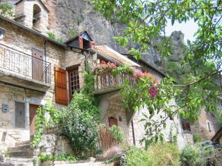 La Petite Maison Gorges du Tarn - Sainte-Enimie vacation rentals