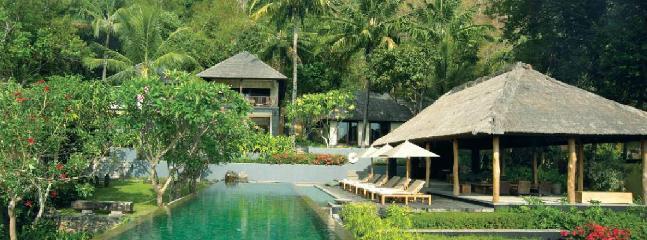 Qusia 3 bedroom Luxury Villa - Image 1 - Senggigi - rentals