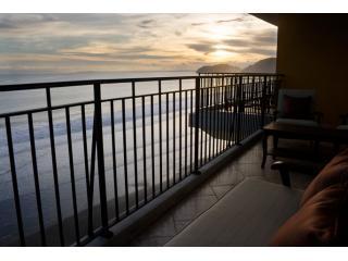Balcony View Sunset - 9A - Vista Las Palmas 9A Oceanfront Condo Rental Jaco - Jaco - rentals