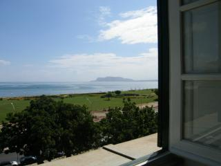 The view of the bay from the living room - Breathtaking sea views: Butera28 apartment # 9 - Palermo - rentals