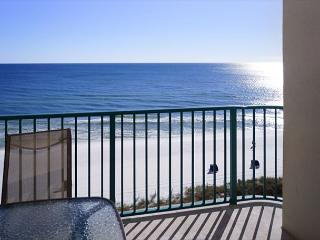 8TH FLOOR  BEACHFRONT FOR 8! OPEN 5/30-6/6 TAKE 25% OFF NOW - Destin vacation rentals
