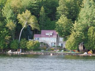 Lake Mephremagog, Waterfront property - Bolton-Est vacation rentals