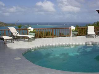 A honeymooner's favorite with privacy and views, this villa can accommodate 4 people. VG VDM - Leverick Bay vacation rentals