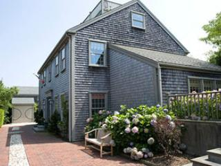 Charming House in Nantucket (9607) - Image 1 - Nantucket - rentals