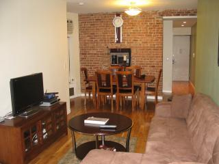 Renovated 2BR Loft on UWS sleeps 4-9 people - New York City vacation rentals