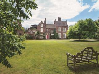 UK Large Cottage - The Parsonage - Norwich vacation rentals