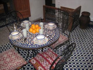 Dar Jameel. Pretty traditional house in the Medina - Fes vacation rentals