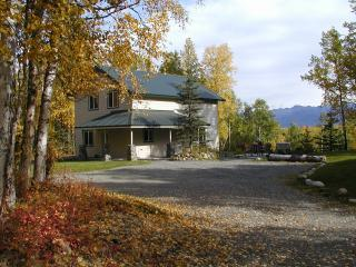 Rose Ridge: Vacation Chalet with a View! - Palmer vacation rentals