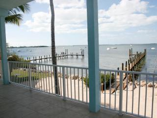 Bayside Retreat. Pool, Boat and Beach - Key Largo vacation rentals