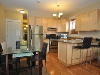 Fantastic Location - Price!  Park free!  Internet - Toronto vacation rentals