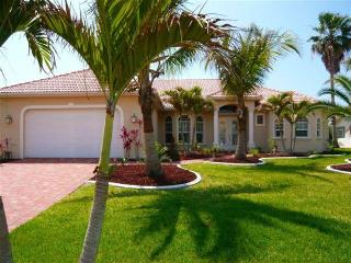 Villa Cape Florida & Bowrider Sea Ray - Cape Coral vacation rentals
