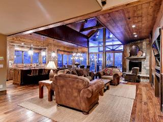 Lumber Jack Lodge - Ski in/out, 7 bdrm, sleeps 22 - Copper Mountain vacation rentals