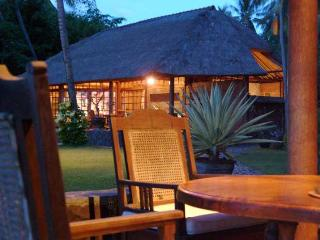 Ciliks Beach Garden, Beach Resort - Air Sanih Bali - Bondalem vacation rentals