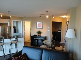 Furnished Apartment w Balcony Yaletown Vancouver - Vancouver vacation rentals