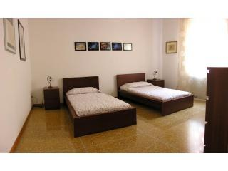room 1 - Ca de Fiori self catering apartment - Bologna - rentals