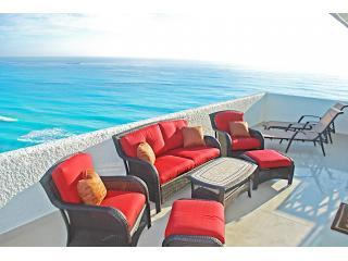 Penthouse #372 - Cancun vacation rentals