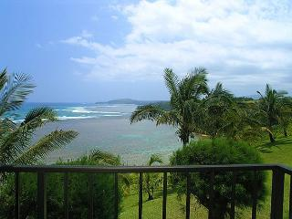 Sealodge E7: Oceanfront views all the way to the lighthouse in 1br/1ba - Princeville vacation rentals