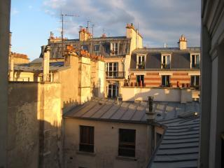 View from the kitchen window. Quintessential Paris! - Parisian Vacation Apartment in Montmartre - Paris - rentals
