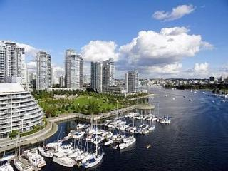 3 Bedrooms in the Heart of Vancouver - Vancouver Coast vacation rentals