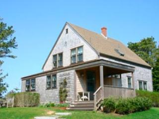 Charming 3 BR/2 BA House in Nantucket (9631) - Nantucket vacation rentals