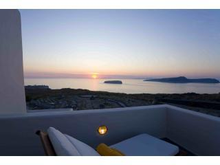 Santorini Luxury Villa with stunning sea views - Santorini vacation rentals