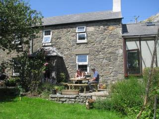 5 *Clegyr Boia Farmhouse,St Davids, Pembs & wi-fi - Saint Davids vacation rentals