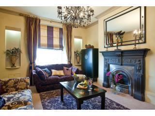 Portland Apartments - Cheltenham vacation rentals