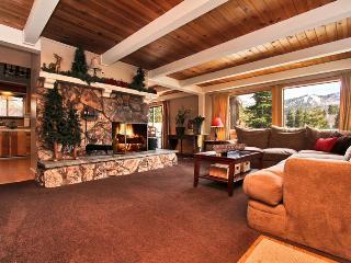 Big Bear Lake Haven- Spa! Ping Pong! Pool Table! - Moonridge vacation rentals