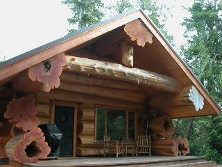 Copper Cabin, Private Hot Tub, Secluded Beac - Vancouver Island vacation rentals