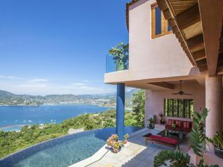 Bayview Zihuatanejo Villa - Casa Espiritu - Zihuatanejo vacation rentals