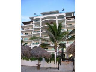 Small quiet beachfront building w/heated pool - Nuevo Vallarta MEXICO-Oceanfront  Luxury 1BR/2BA - Nuevo Vallarta - rentals