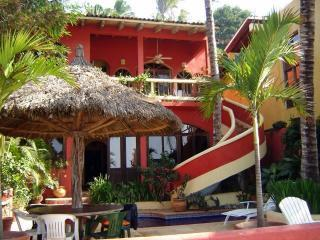 Beautiful 4 Bedroom Home Directly on the Beach! - La Penita de Jaltemba vacation rentals