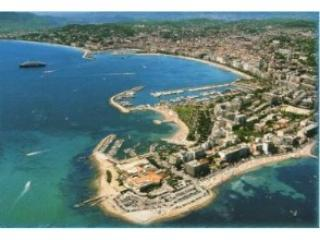 Palm Beach area of Cannes - Palm Beach Cannes, 2 bedroom beautiful apartment. - Cannes - rentals