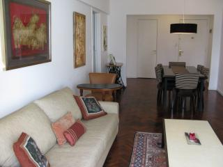 Living Dining Room3 - Luxury 3 bedroom Apartment / Best part of Recoleta - Buenos Aires - rentals