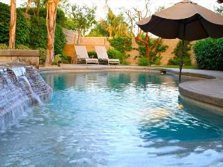 'Villa Italia' Pool, Spa, Firepit, Pool Table - La Quinta vacation rentals