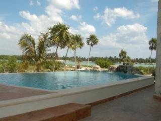 Magnificcent Villa on Yal Ku Lagoon: Casa Romero - Akumal vacation rentals