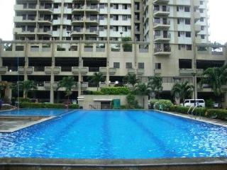 3 Bed Apartment - Sleeps Six Guests - Taguig City - Luzon vacation rentals