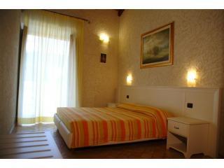 DSCF0181 (Medium).JPG - Residenza I GIOIELLI -   Apartment  Suite Zaffiro - Tropea - rentals