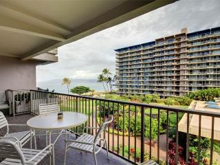 House with 1 BR-2 BA in Lahaina (Whaler #470 (1/2 Ocean View)) - Maui vacation rentals