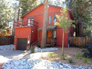 Spacious 4 bdrm house near downtown S. Lake Tahoe - Lake Tahoe vacation rentals