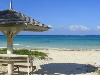 Yellow Canary Villa - Duncans vacation rentals