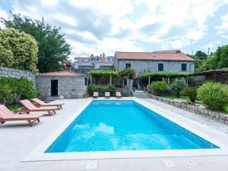 Villa Bruna with garden and pool - Dubrovnik vacation rentals