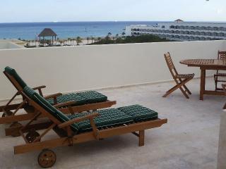 dec 3 villa 7 rooftop view - The Resident Suites at The Royal Oasis - Playa del Carmen - rentals