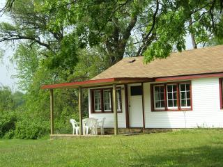 Lakefront Cottages, Semi-private Lake, Beach Boats - Three Rivers vacation rentals