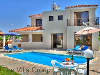 Idyllic House in Kissonerga (Villa 417) - Kissonerga vacation rentals