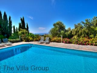 Kissonerga 4 Bedroom, 2 Bathroom House (Villa 397) - Kissonerga vacation rentals