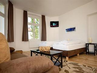 Granados Family Plus Apartment in Berlin - Velten vacation rentals