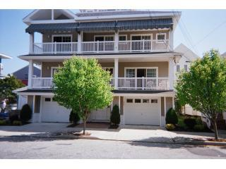 Great Reviews/ Close to Beach/ Lg Deck/Parking - Ocean City vacation rentals